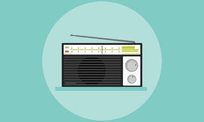 comment radio choisissent titres